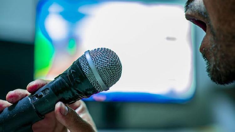 Micrófonos de karaoke para el móvil