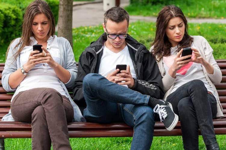 sociales | mitos sobre el móvil