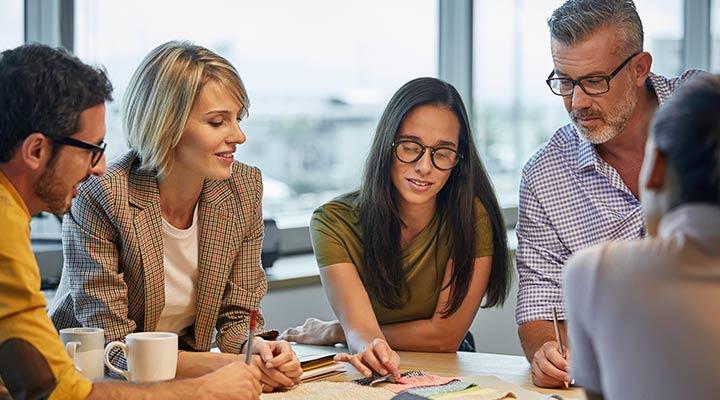 Conoce los beneficios de realizar un status con tu equipo