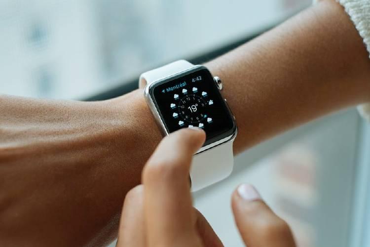 wearable smartwatch apple