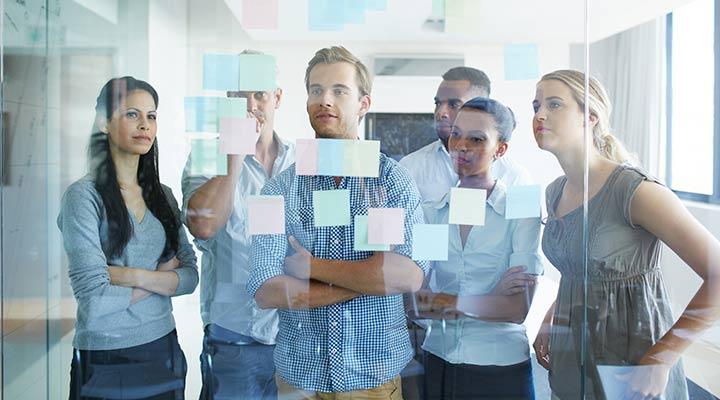 Las ventajas de aplicar el brainstorming