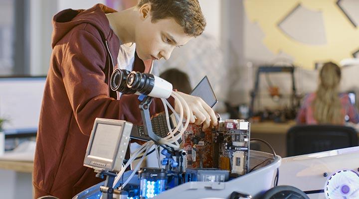 ¿Qué estudiar para trabajar en el área de Inteligencia Artificial?