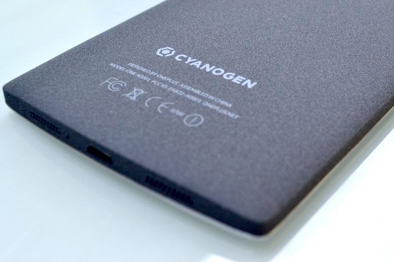 teléfono móvil con cyanogen