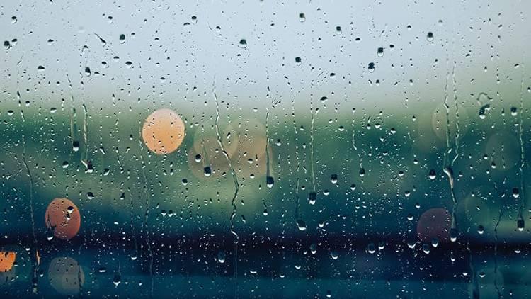 El frío y la lluvia son el peor enemigo de tu móvil