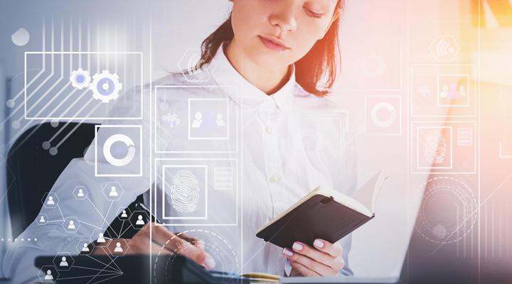 Consejos y trucos para contratar una secretaria virtual