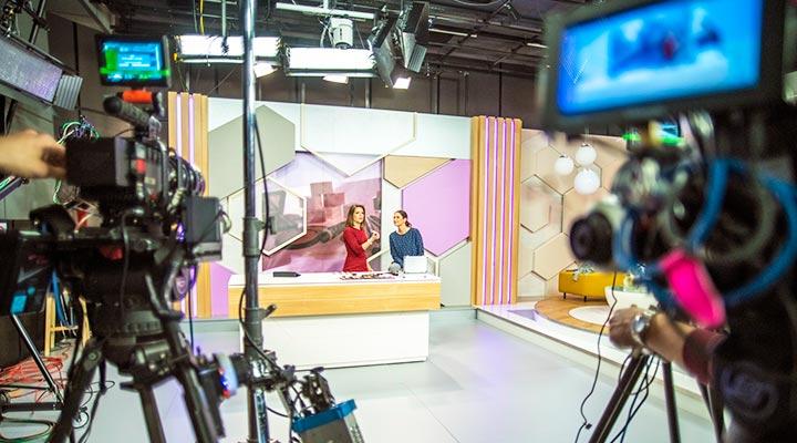 Día de la televisión: grandes corporaciones que están detrás de la TV española