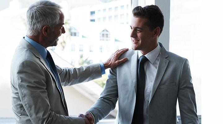 De compañero a jefe: cómo debes actuar