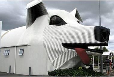 Casa con forma de perro
