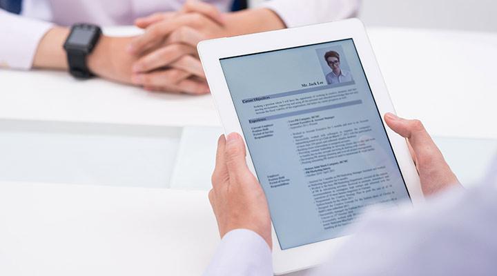 ¿Buscando trabajo? Estos son los errores que no debes cometer en tu CV