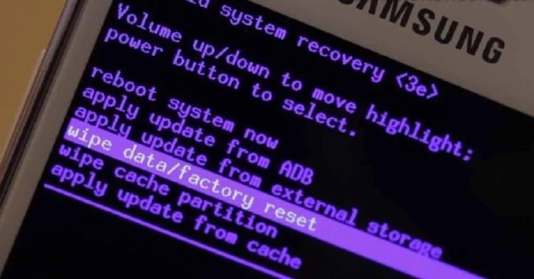 resetear borrar archivos movil