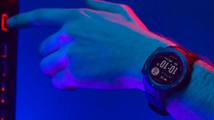 reloj gaming garmin