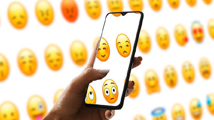 Crear emojis y stickers móvil