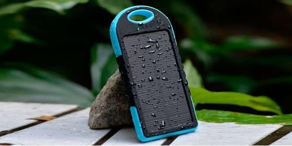 Cargador solar smartphone