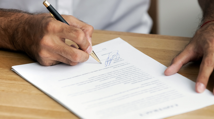 ¿Un autónomo debe contar con hoja de reclamaciones?