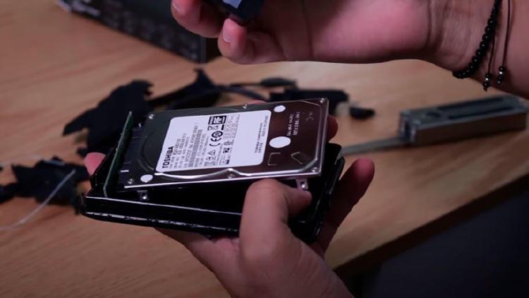 cambiar carcasa disco duro externo