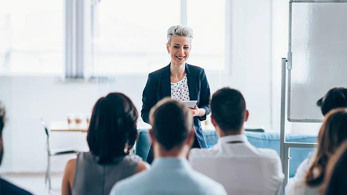Las ventajas de invertir en la formación de nuevos idiomas de tus empleados