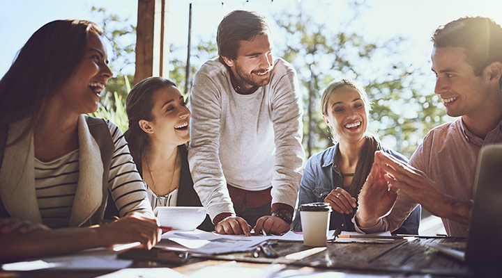 Humor empresarial, el nuevo método para aumentar la productividad en el trabajo