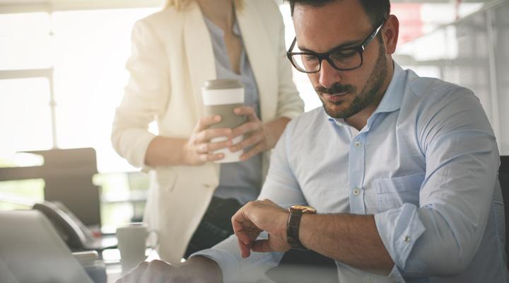 ¿La jornada laboral de 4 días beneficia a las empresas?