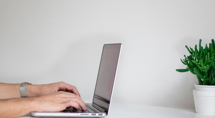 ¿Qué es un chatbot y cómo puede ayudarte en tu empresa?
