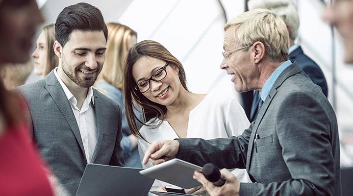 Conoce las ventajas de organizar un evento empresarial