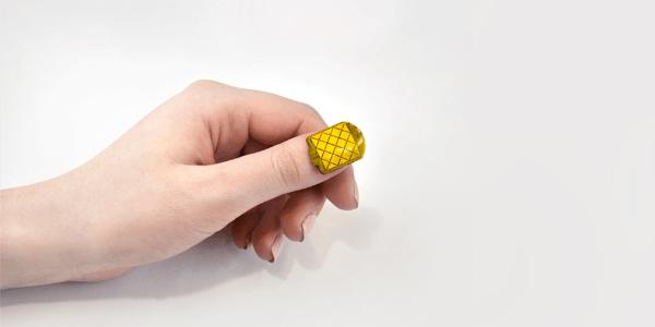 wearable en las uñas