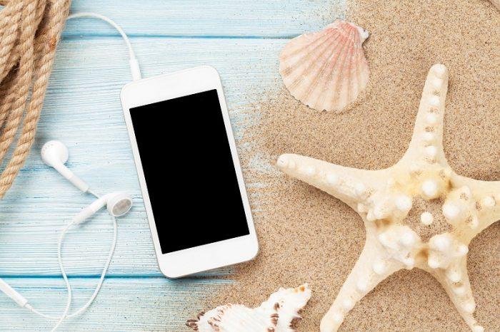 Los móviles más resistentes para este verano