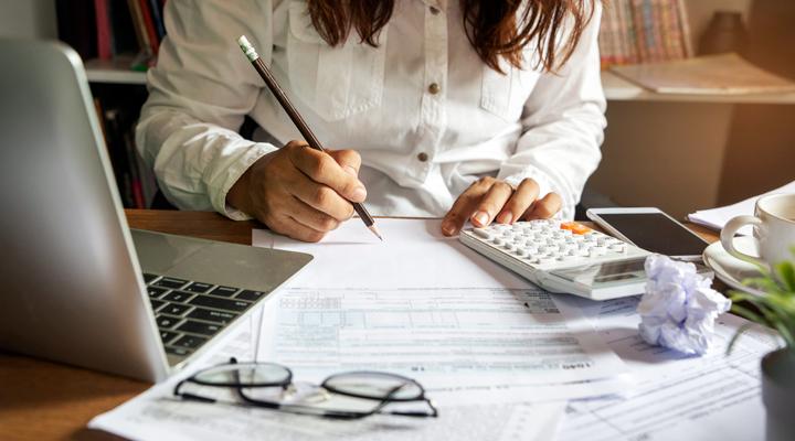 Recargo de equivalencia: una alternativa para autónomos a la tributación del IVA