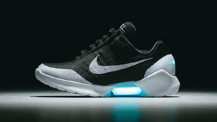 Cómo funcionan las zapatillas Nike Hyperadapt del futuro